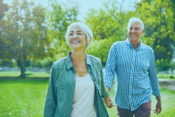 hombre y mujer de la tercera edad