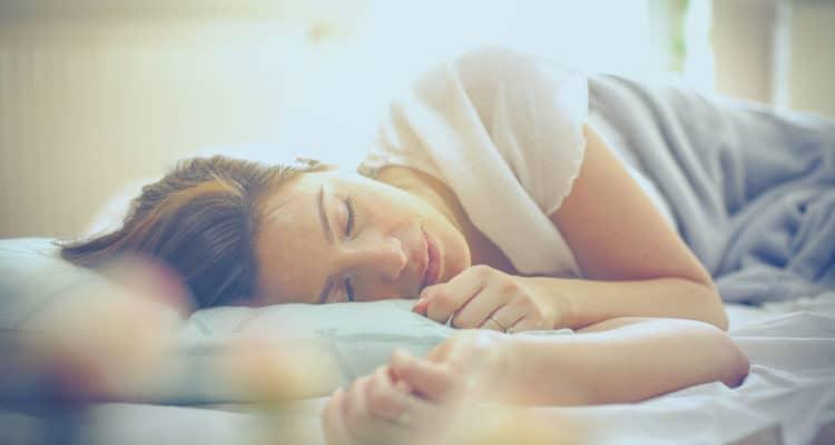 mujer durmiendo